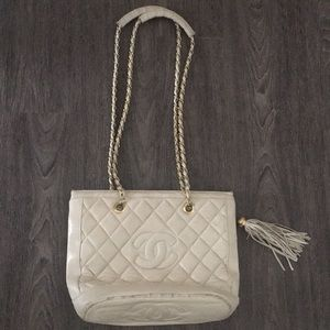 Authentic Vintage Chanel Ivory Bucket Bag